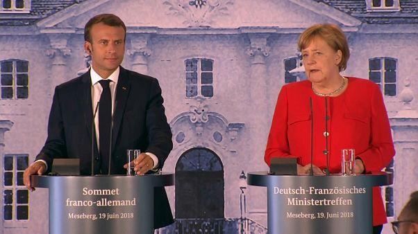 Macron ve Merkel ortak Euro Bölgesi bütçesinde anlaştı