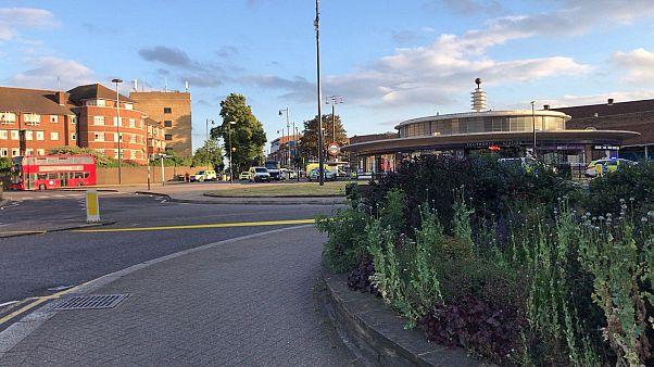 """الشرطة البريطانية تحقق في سبب """"انفجار صغير"""" بمحطة لقطارات الأنفاق في لندن"""