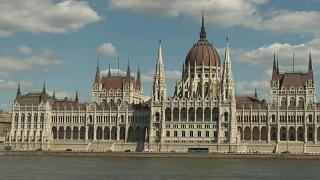La legge Stop Soros e l'Ungheria apre i tribunali speciali