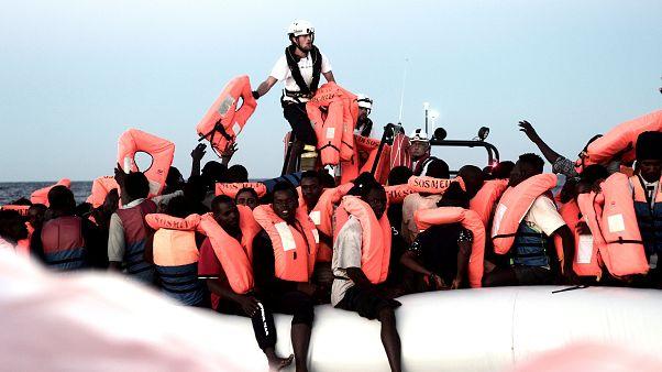 Benetton macht Werbung mit Aquarius-Migranten