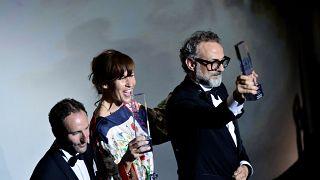winners on stage bilbao