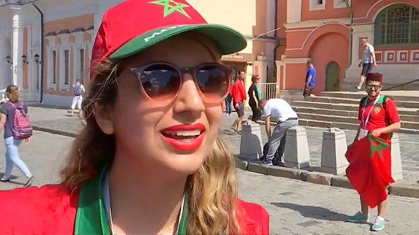 مشجعة مغربية في موسكو
