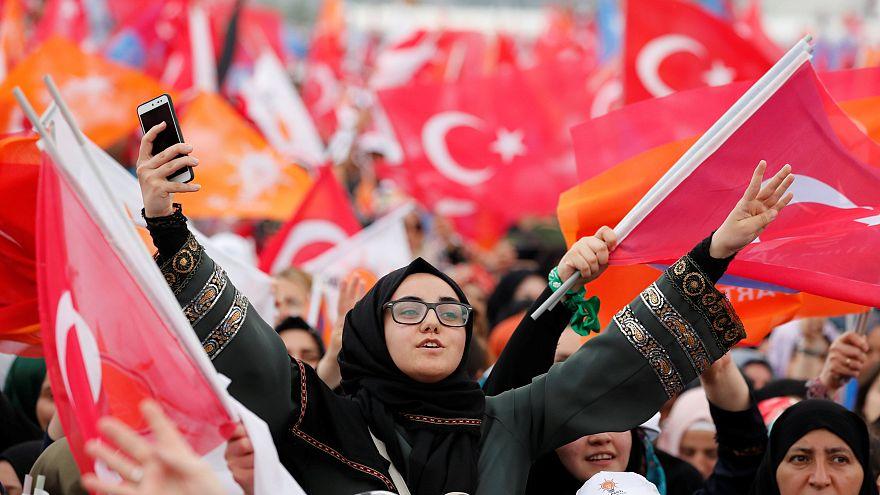 Предвыборный митинг сторонников Реджепа Тайипа Эрдогана