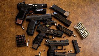 شهروندان آمریکایی مالک تقریبا نیمی از اسلحه جهان هستند