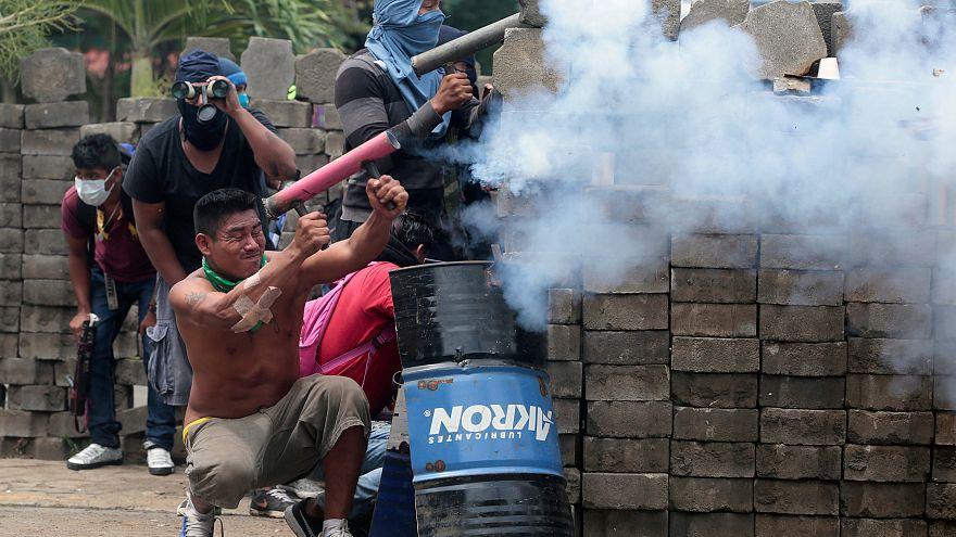 Nicaragua: guerriglia e morti nella città simbolo dei sandinisti