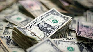 افت ارزش ریال ایران در برابر دلار آمریکا