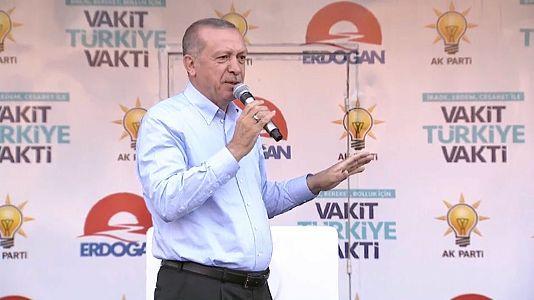 Liveticker Türkei-Wahl: Beobachter melden Unregelmäßigkeiten