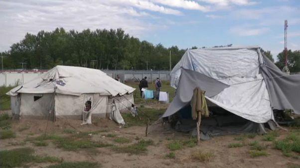 Migranti: leader europei convocati d'urgenza dalla Commissione europea