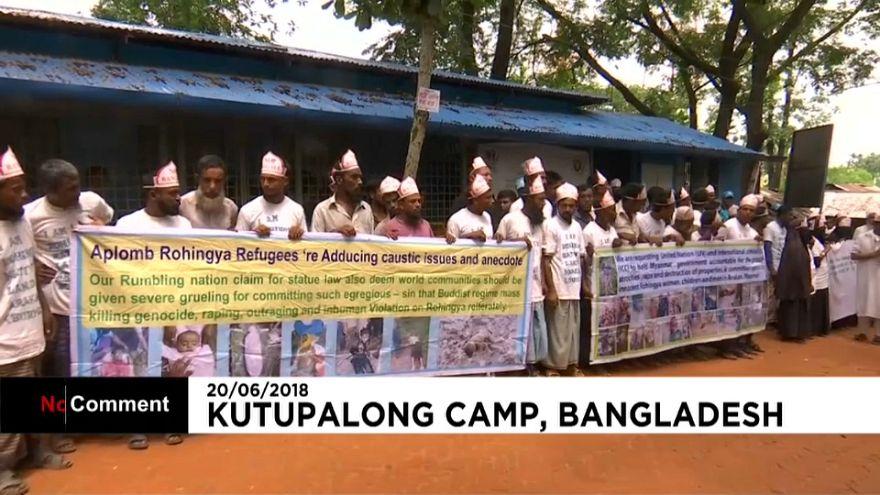 Des Rohyngias manifestent au Bangladesh