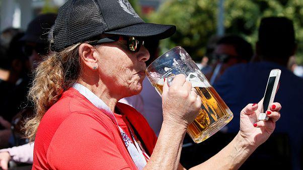 Μουντιάλ 2018: Οι οπαδοί τελειώνουν τα αποθέματα μπίρας