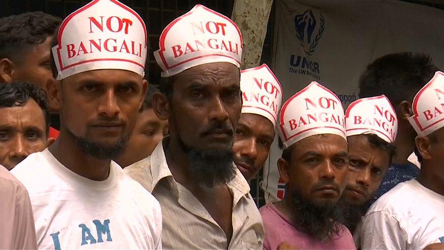 Рохинджа отметили день беженцев протестами