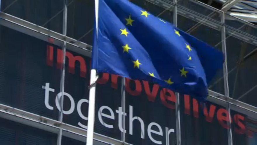 El Eurogrupo decide este jueves si pone fin al rescate de Grecia