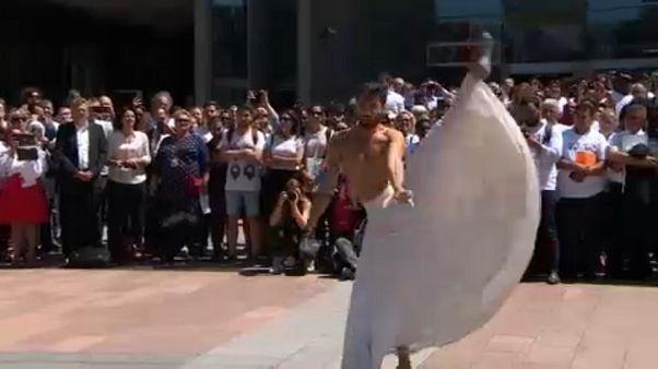 Danzare o morire, storia di un ballerino siriano in fuga dalla guerra