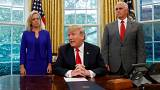 Donald trump signe un décret mettant fin à la séparation des familles de migrants
