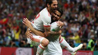 Joelho de Costa dá vitória a Espanha