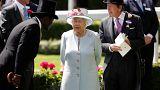 Először kötnek melegházasságot a brit királyi családban