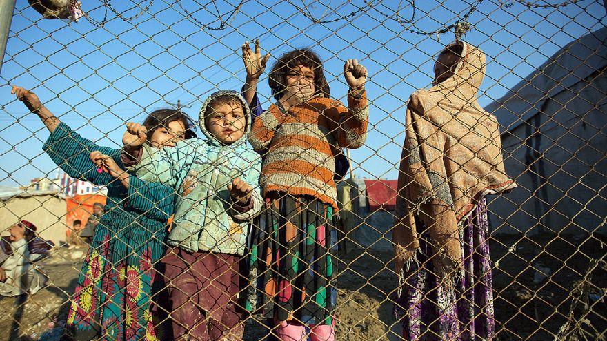 Taimani mülteci kampındaki Afgan çocuklar