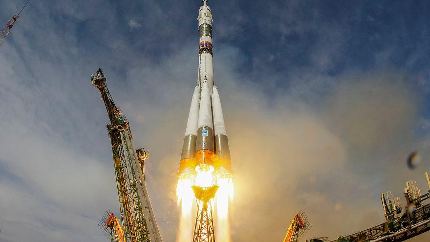 الإمارات ترسل أول رائد فضاء إماراتي إلى محطة الفضاء الدولية في 2019