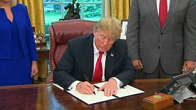 Trump pone fin a la separación de familias de inmigrantes