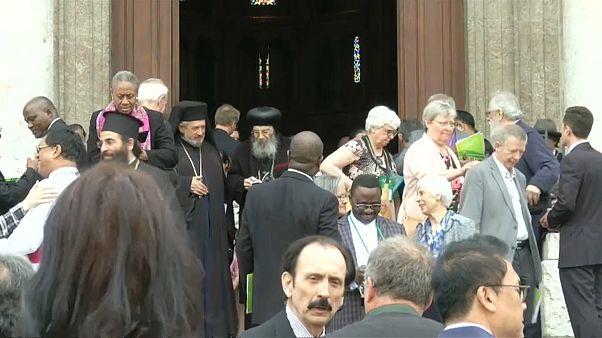 Il Papa a Ginevra per l'unità dei cristiani