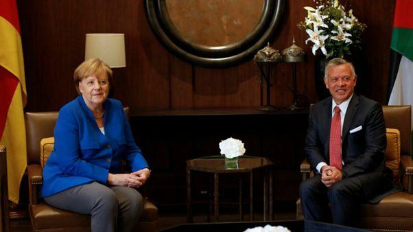 """ميركل تدعو للتصدي """"لعدائية"""" إيران وتؤكد أن ألمانيا بلد أمن للأجانب والمهاجرين"""