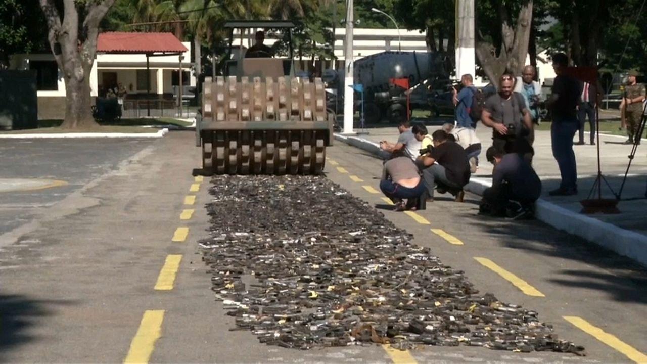Рио-де-Жанейро: прощай, оружие