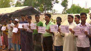 Milhares de Rohingya protestam em Bangladesh no dia Mundial do Refugiado