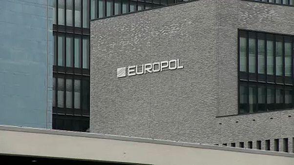 L'UE renforce ses moyens contre le terrorisme