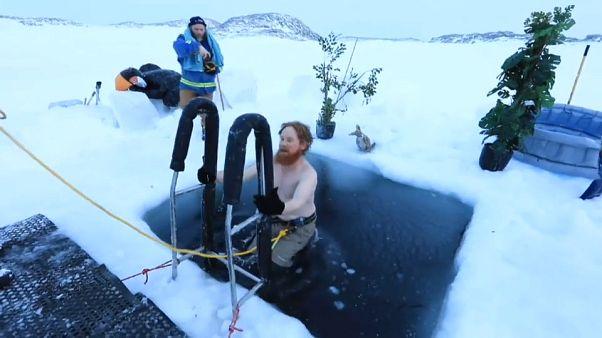 Купание в водах Антарктики