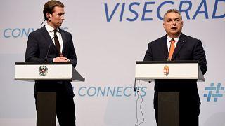 A szakértő szerint a V4-ek üzenni akarnak Európának