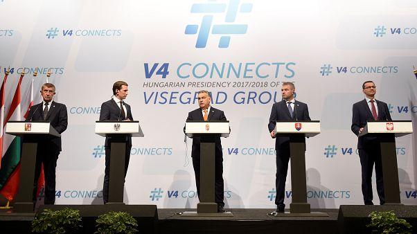 Grupo de Visegrado vai boicotar mini cimeira da UE sobre imigração