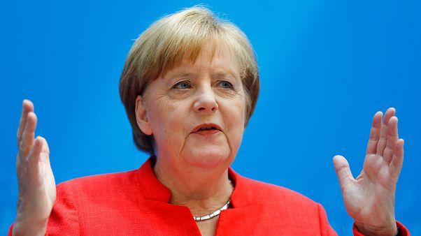 YouGov-Umfrage: 43 % der Deutschen für Ablösung Merkels