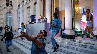 Macron deu o arranque da Festa da Música no Eliseu