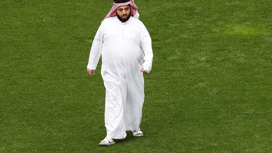 سجال بين تركي آل الشيخ والاتحاد الأوروبي لكرة القدم على تويتر