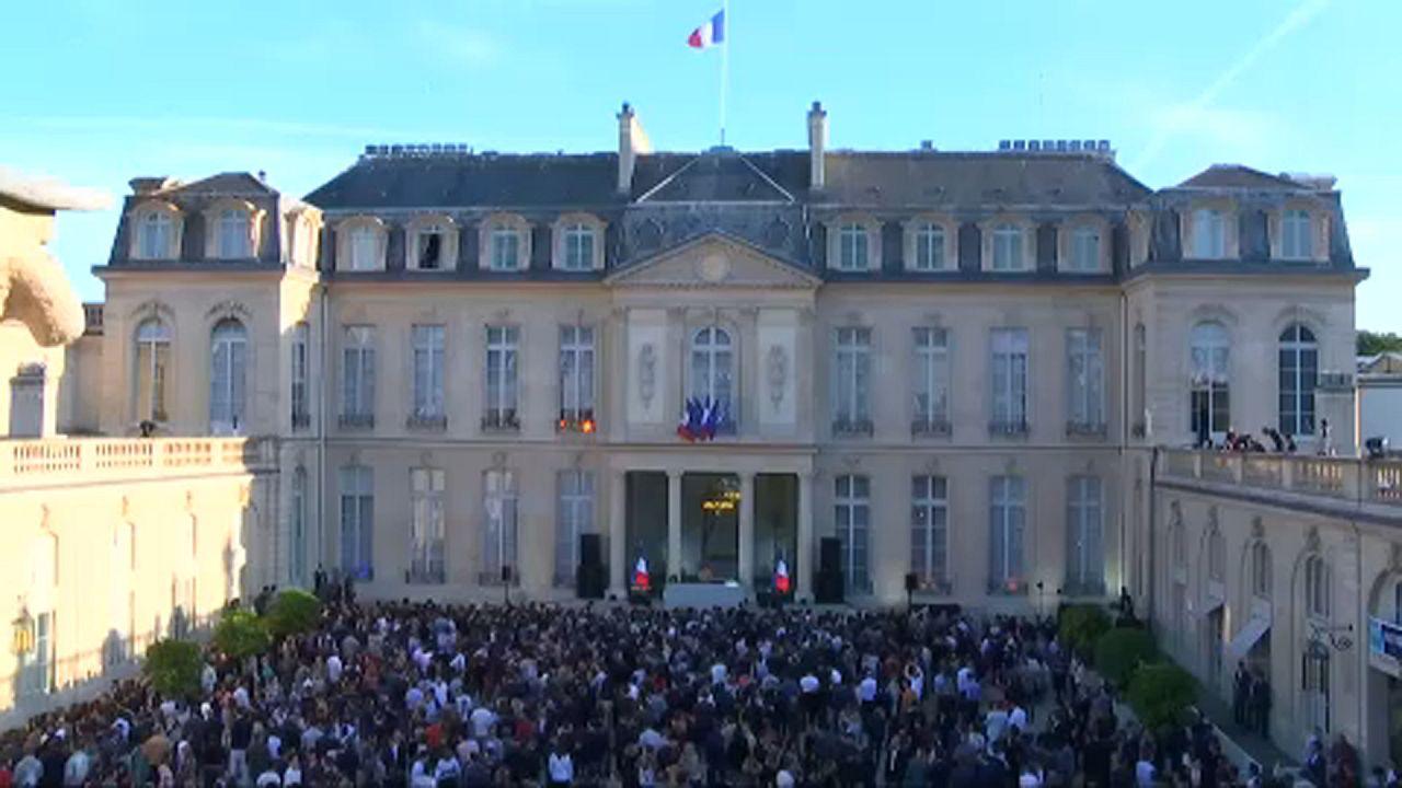 Buli az Elysée palotában