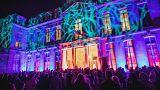 Macron recebe vários DJ no Eliseu
