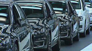 Trump threatens tariffs on European cars