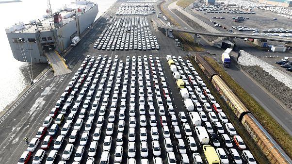 Trump droht mit 20% Strafzoll auf europäische Autos