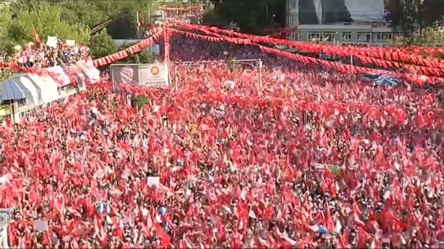 Final rallies in Turkey