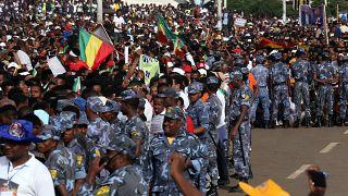 Etiyopya'da Başbakan Ahmed'in mitingine saldırı