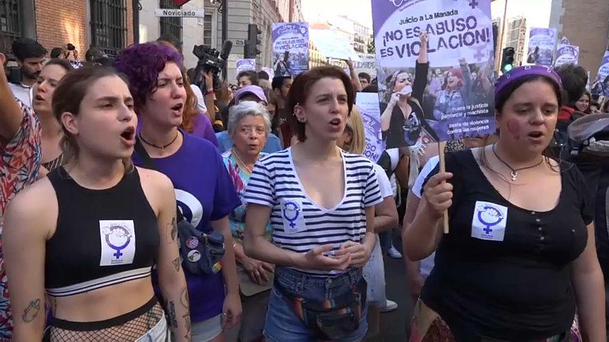 Proteste gegen Freilassung mutmaßlicher Vergewaltiger