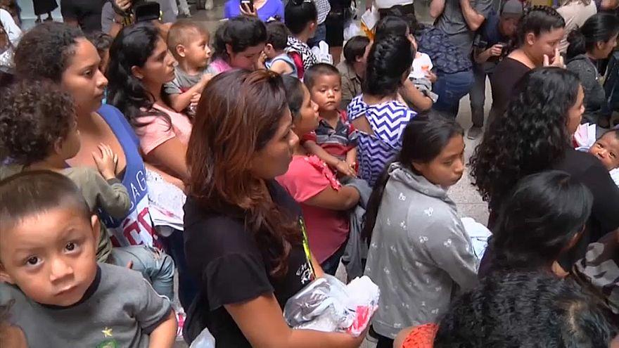 ترامب يخرج أطفال المهاجرين من الأقفاص لكنه لن يجعل أميركا مخيماً للمكسيكيين