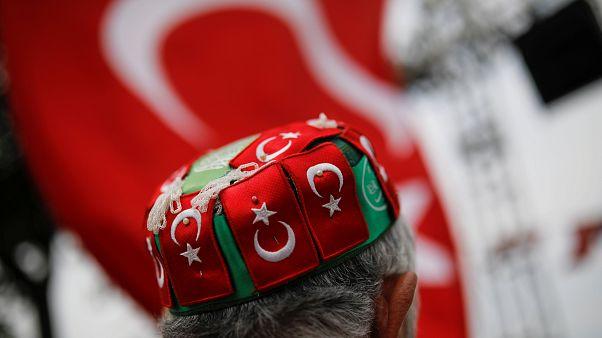 Turquía acude a votar este domingo a unas decisivas elecciones