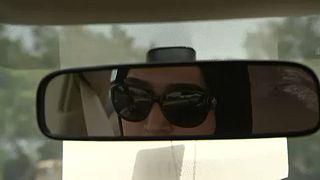 Σαουδική Αραβία: Οι γυναίκες πιάνουν το τιμόνι