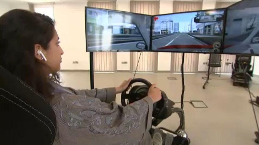 Vasárnaptól vezethetnek a szaúdi nők