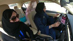 Arabia Saudita: donne al volante, una prima destinata a far storia