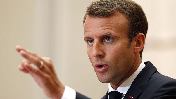 Macron: Mültecileri reddeden AB ülkelerine ekonomik yaptırım uygulansın