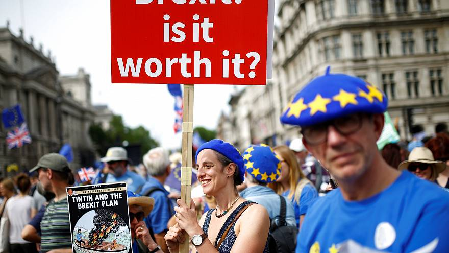 Protestos anti-brexit invadem ruas de Londres