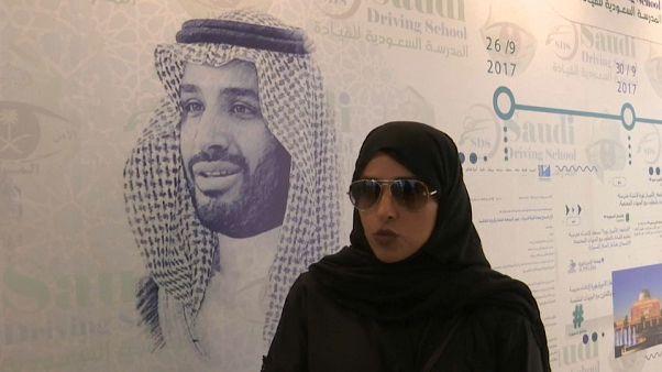 Las saudiés, al fin, al volante