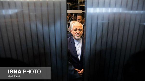 ظریف: بعضیها خیال نکنند اگر جمهوریاسلامی رفت آنها سر کار میآیند